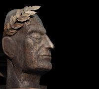 sculpture of julius caesar left side profile